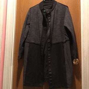 Black Lululemon jacket with snap on buttons